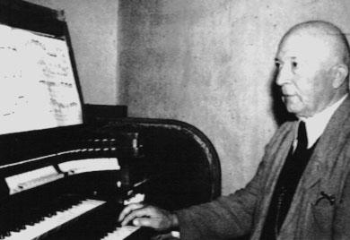 Chorleiter Peter Schmidt