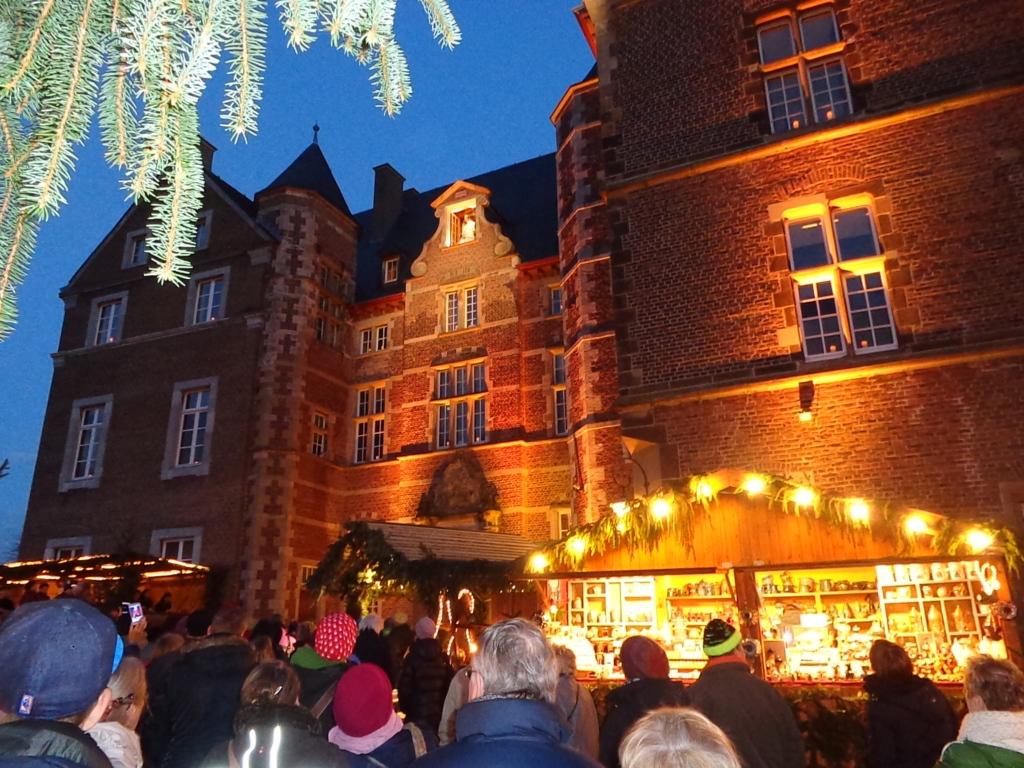 Weihnachtsmarkt Schloss Merode.Weihnachtsmarkt Auf Schloss Merode